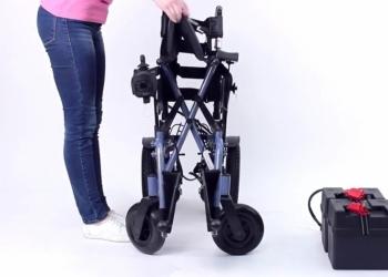 Кресло-коляска с электроприводом для инвалидов