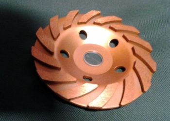 Шлифовальный полировальный алмазный инструмент паста