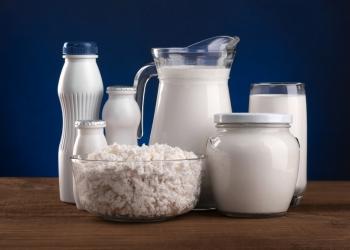 Натуральное деревенское молоко, сметана, творог.