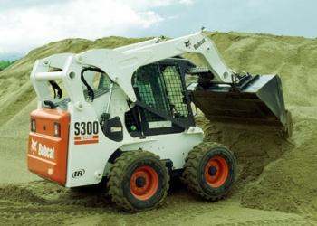 Аренда мини погрузчика Bobcat S300, уборка снега