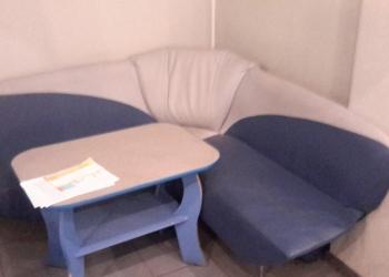 мебель для ювелирного магазина.