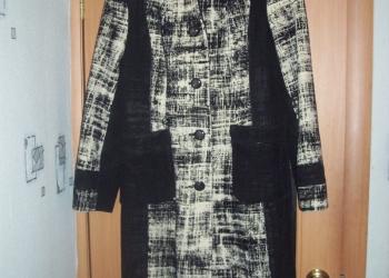 Прекрасное зимнее пальто с красивой расцветкой