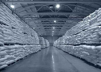 Сахар оптом с завода 33222-2015 свекловичный(ТС2)
