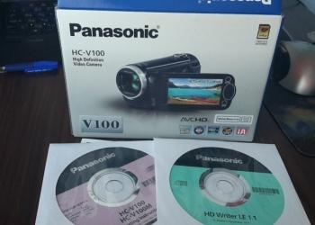Видеокамера Panasonic (HC-V100)