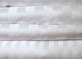 Постельное белье для гостиниц в Волгограде ЛЮКС сатин страйп отбеленный