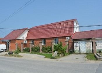 продам дом в г. Кондрово с двумя магазинами