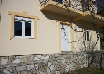 Дом в Черногории на курорте Бар