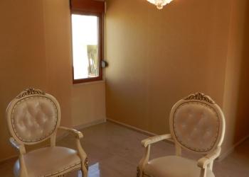 Продается уютная квартира с двумя спальнями в районе Оба