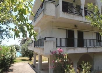 Продается квартира в Греции, 20 метров до моря.
