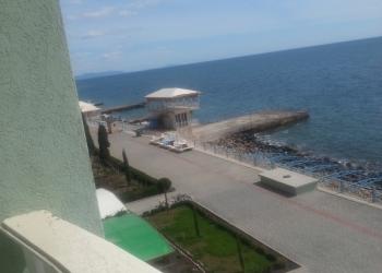 продам 2 к. квартиру-новостройку  у моря в Алуште.