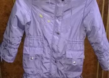 продам пальто для девочки 134-140