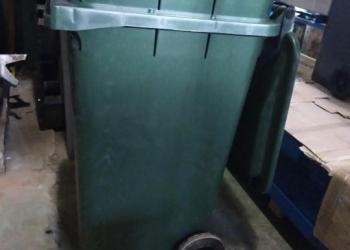 Передвижной мусорный контейнер, мусорный бак, новый