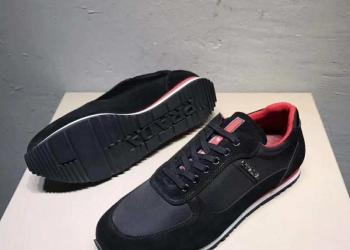чёрные кроссовки Prada лето 2018
