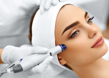 Косметолог-дерматолог в Москве.
