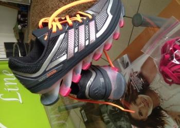 Продам женские кроссовки Springblade новые