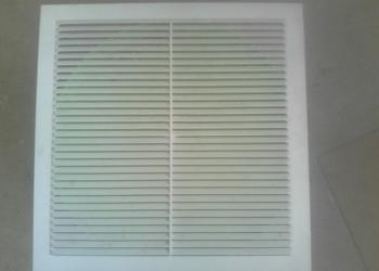 Решётка вентиляционная, пластиковая, размер 300 х 300 мм