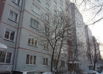 Продается 3-комнатная в Академгородке
