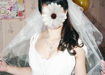 Свадебное платье 46 размер с корсетом,на рост 165
