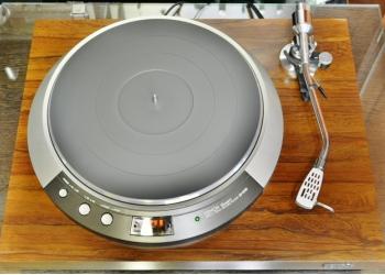 Проигрыватель виниловых пластинок Denon DP-50M