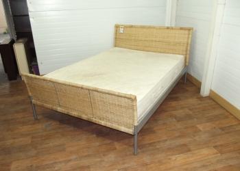 Кровать двуспальная натуральный Ротанг