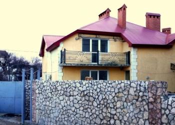 Продается жилой дом 300 м2, ул. Дачника 2 (5км), 3этажа, 12 комнат