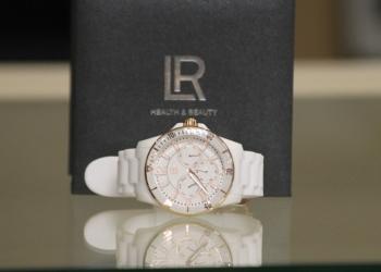 Новые женские часы LR health beauty