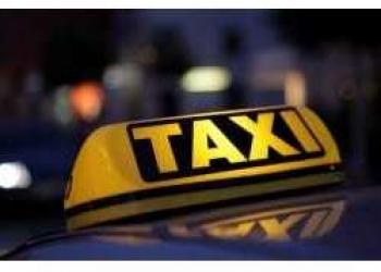 Требуется водитель такси!!!