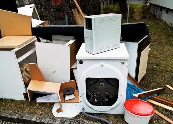 Вывоз мусора,мебели,ненужных вещей.т.252086