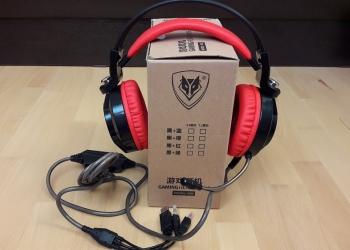 Наушники для видео игр с микрофоном и подсветкой