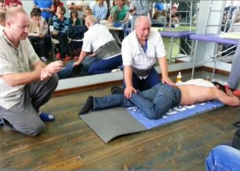 костоправ, вправление позвонков, межпозвоночные грыжи, сколиоз, боли в спине.