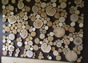 Предметы интерьера из натурального дерева