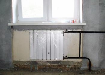 Услуги сварщика. Установка радиатора отопления со сваркой.