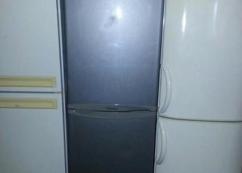 "Двухкамерный холодильник,LG"""