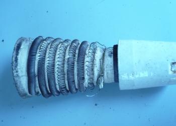 продам элемент керамический со спиралью для бытового обогревателя и спираль утюг