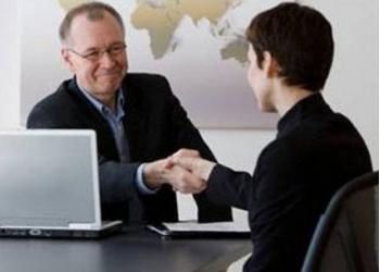 Специалист по работе с клиентами (без поиска клиентов)