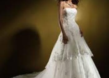 Свадебное платье Benjamin Roberts 907