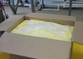 Масло сливочное монолит м.д.ж. 72,5% и 82,5% оптом со склада в Спб.