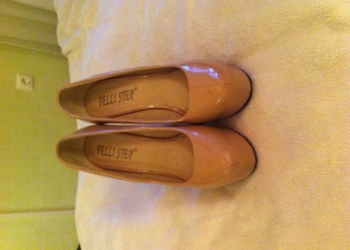Продам туфли на высоком каблуке