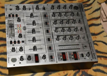 Продам DJ аппаратуру