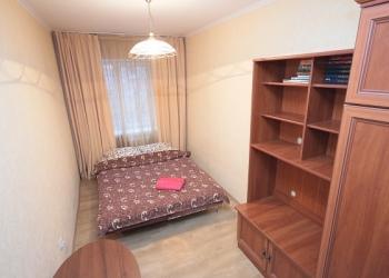 Комната в 2-комнатной квартире на Бекетова