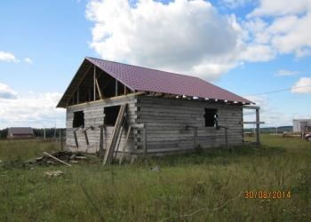 Дом 120 м2  из бруса 180х180 мм, на бетонном фундаменте, под крышей .