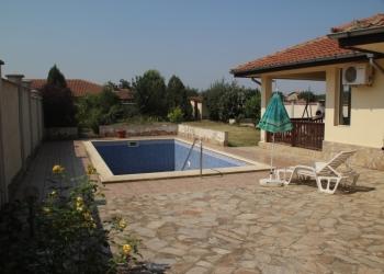 Продам дом в Болгарии на море