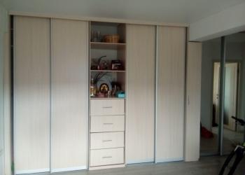 Продаю просторную, светлую, чистую 4-х комнатную квартиру, заходи и живи!