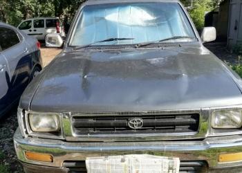 Toyota Hilux, 1990