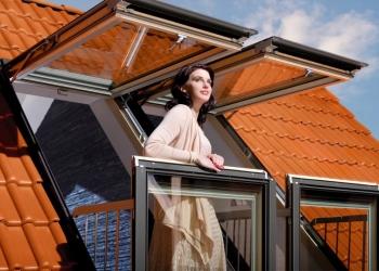 Мансардные окна FAKRO, VELUX, ROTO дешево с установкой.