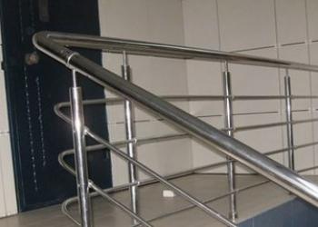 предлагаю услуги перила,ограждения,лестницы