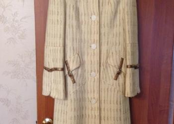 Пальто демисезонное,светло бежевое 42-44-46
