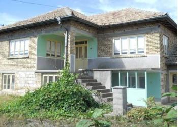 Дом в Болгарии.