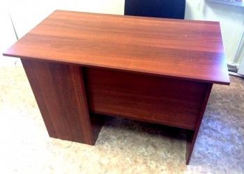 Продаю 2 компьютерных стола