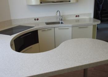 Столешница для кухни из искусственного гранита